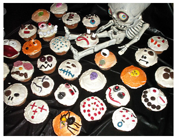 halloween cupcakes from cupcakequeen