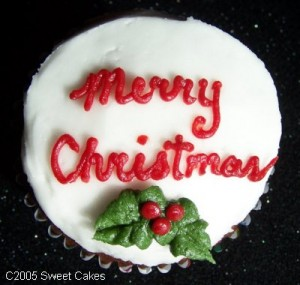 web20l20-20merry20christmas20holly20cupcake