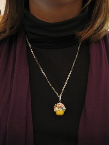 sweet-thang-cupcake-necklace