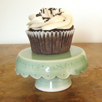 vegan-cupcake-stand-in-green