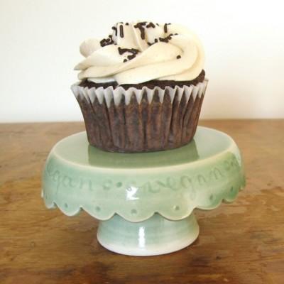 vegan-cupcake-stand-in-green