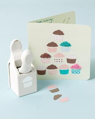 cupcakes_rcd104578estplc_1_xl
