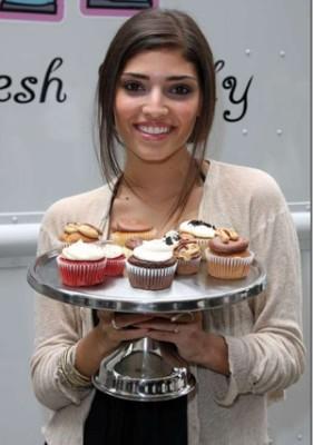 Gossip Girl Cupcake