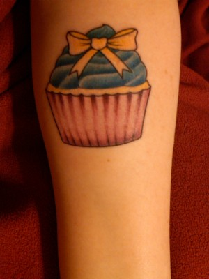 cupcake tattoo blue icing
