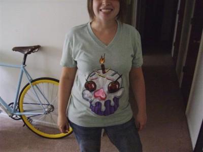 cupcake skull tshirt.jpg