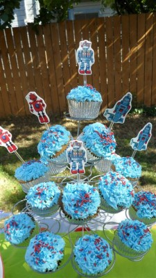 robot cupcake (Large)