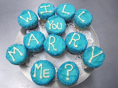 wedding proposal cupcakes