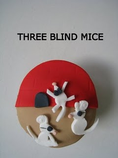 three blind mice cupcake
