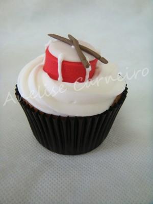 drum cupcake