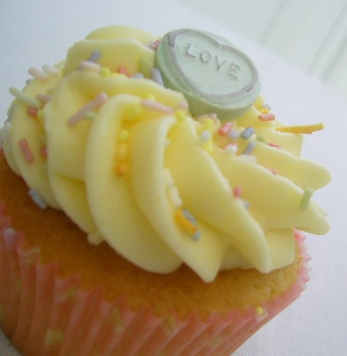 "I Heart Cupcakes ""Love Cupcake"""