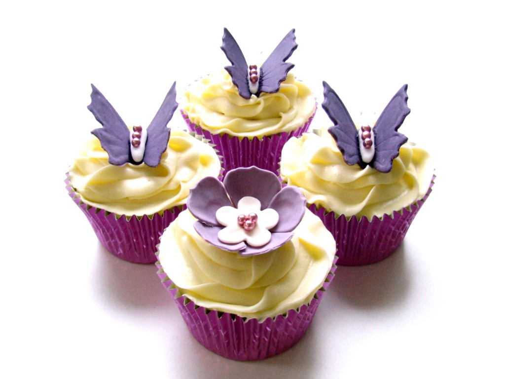 20 Pictures Of Flower Cupcakes All Things Cupcake