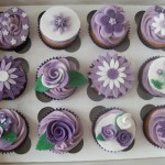 cakeebakey - purple white flower cupcakes - http://www.cakeebakey.co.uk/