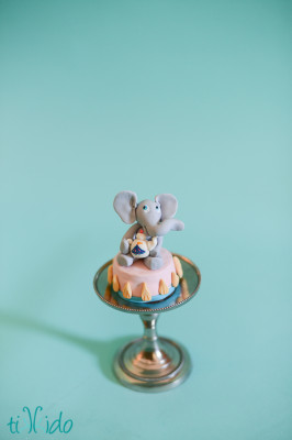 circus elephant cupcake topper (1 of 3)