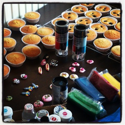 cupcake decorating supplies